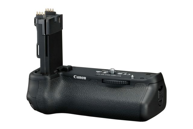 Canon EOS 6D Mark II 0021