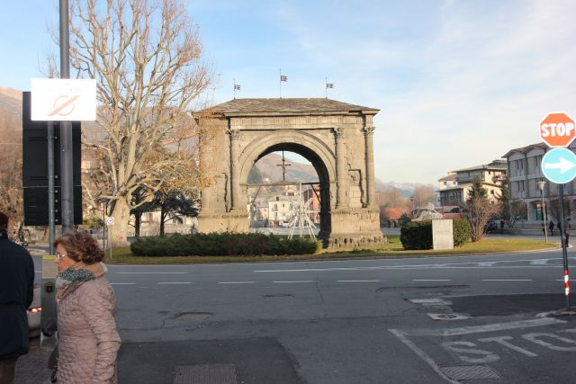 Aosta - Arco di Augusto