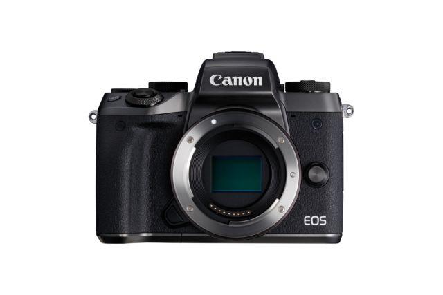 EOS M5 Lens off FRT.JPG