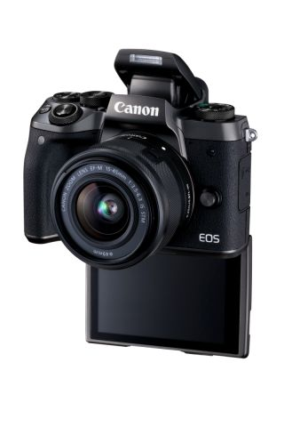 Eos M5 Ef M15 45is Stm 07
