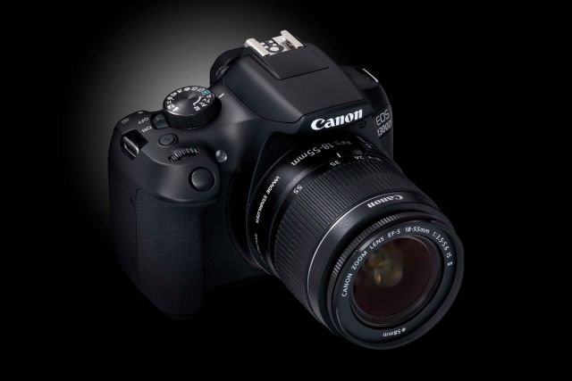 Canon EOS 1300D 0019