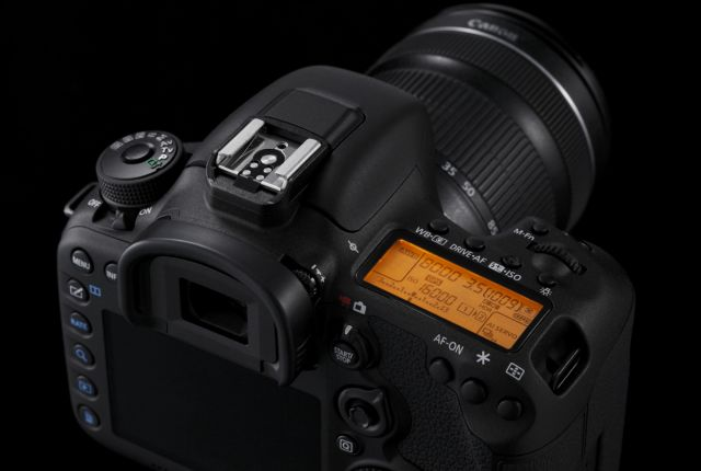 Canon EOS 7D Mark II 0017