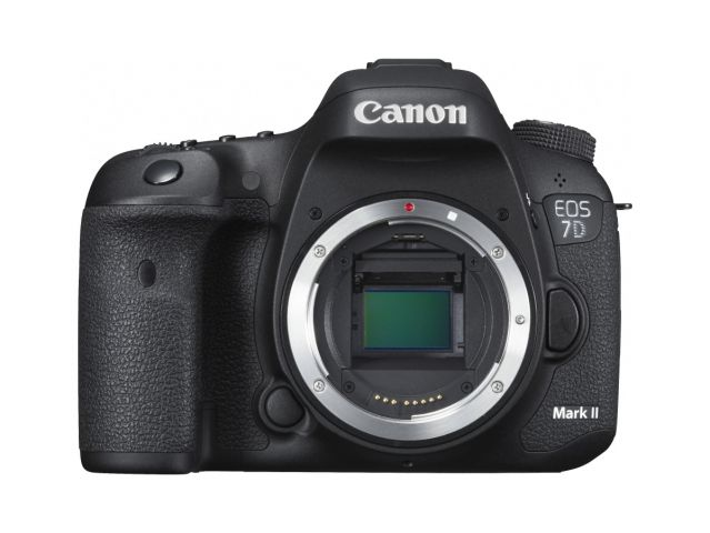 Canon EOS 7D Mark II 0001