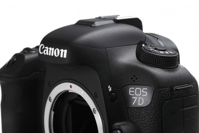 Canon EOS 7D Mark II 0013