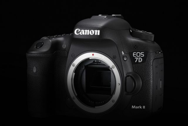 Canon EOS 7D Mark II 0015